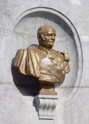 monument23p_B_.jpg